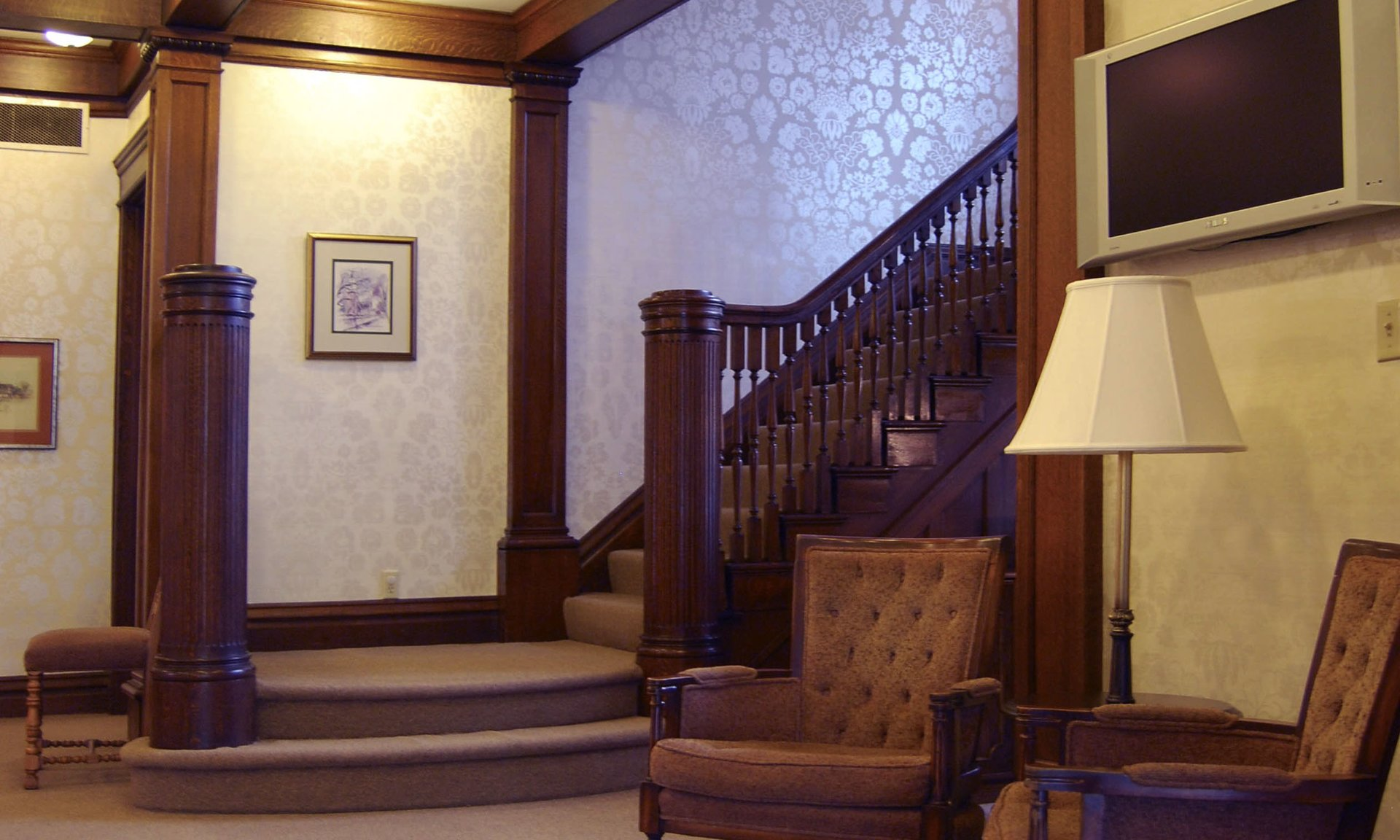 Through The Years As We Have Periodically Updated The Decor We Are Careful To Maintain The Warmth Of The Original Ornate Woodwork And Home Style Feel The